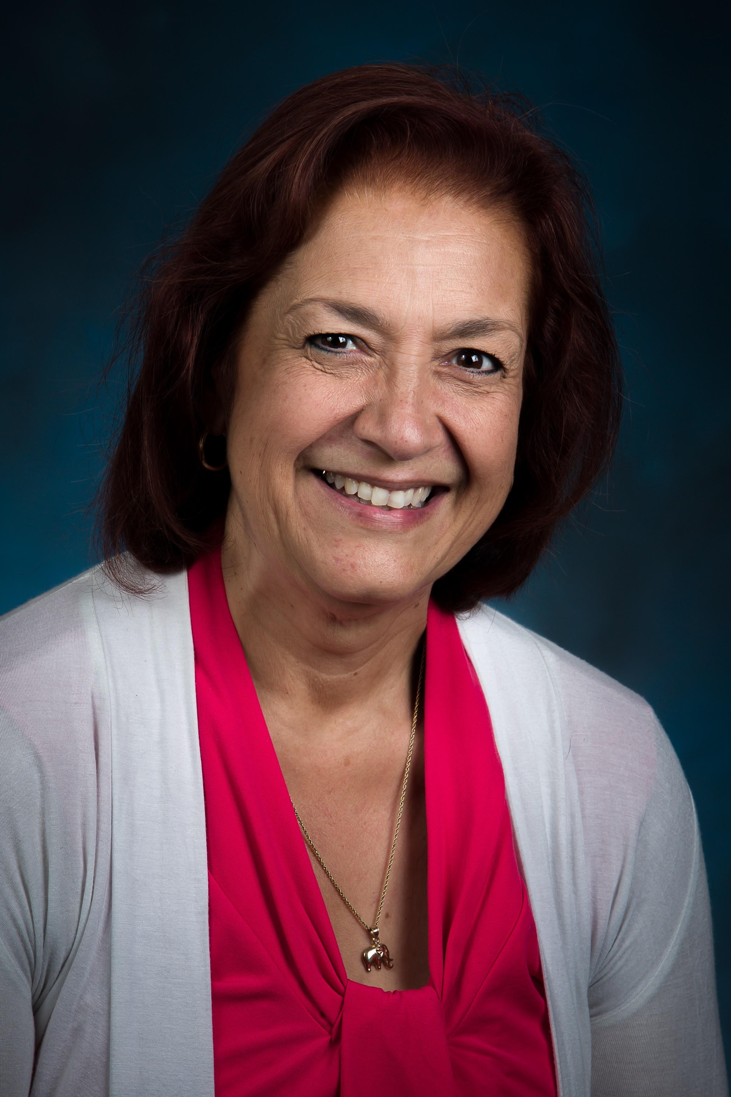 Louise Santiago 2.jpg